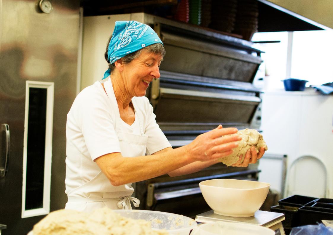 Leipuri-siirtaa-omaa-energiaansa-leipaan